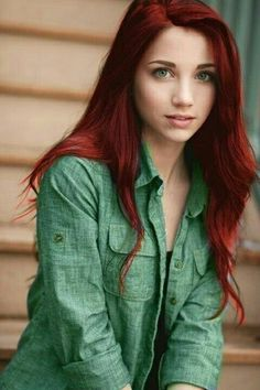 If only I can rock red hair...and if it was that long...oh and had those eyes...and the clear skin. Naaaaaaaa....I'm happy the way I am.