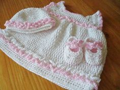Crochet Pattern Baby Dress Shoes and Hat ~ sizes 6 to 9 mos. and 9 to 12 mos. ~ not difficult pattern - advanced BEGINNER could handle this ~ CROCHET ~ sooo cute! Baby Girl Patterns, Baby Clothes Patterns, Clothing Patterns, Preemie Clothes, Crochet Baby Clothes, Crochet Dresses, Frock Patterns, Crochet Patterns, Sewing Patterns