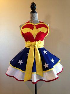 Wonder Woman Wonder Woman apron Costume apron by AriaApparel Apron Designs, Cute Aprons, Retro Apron, Sewing Aprons, Wonder Women, Costumes For Women, Vintage Ladies, Dress Up, Cosplay