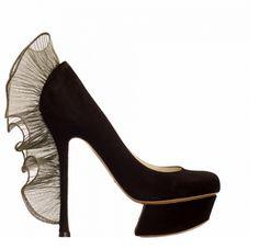 NICOLAS KIRKWOOD Nicholas Kirkwood Shoes, Decoupage Ideas, Stiletto Heels, Addiction, Peep Toe, Designers, Hands, Accessories, Women