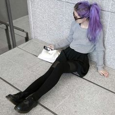 We Heart It yoluyla görsel #girl #goth #grunge #kneesocks #purplehair