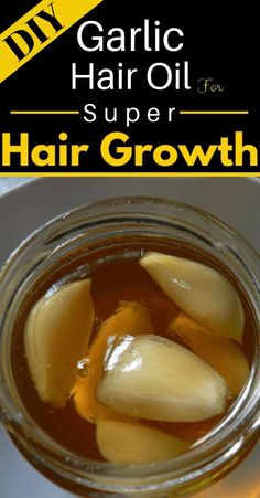 Here is a Effective DIY Garlic Hair Oil For Super Hair Growth that you can make at home using natural ingredients most of which you already have in your h Diy Hair Growth Oil, Hair Remedies For Growth, Garlic For Hair Growth, Quick Hair Growth, Natural Hair Care, Natural Hair Styles, Natural Hair Growth Tips, Garlic Benefits, Hair Care Tips