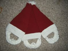Check out these crochet santa hats with beard -- free pattern @ AFewLessonsLearned.com
