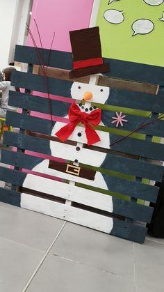 Bonhomme de neige palette en bois peint noël déco maison