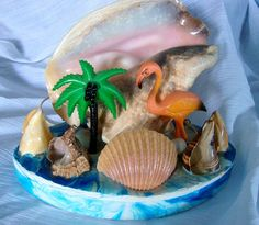 50s Kitsch Conch Shell Tropical Lamp from CherryBerryVintage on etsy. i love this more than words can say.
