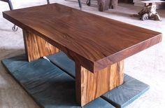 Mesa de comedor borde vivo reclamado losa maciza de madera de Acacia muy rara por flowbkk