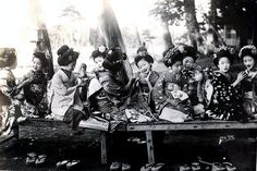 Maiko Girls Afternoon Tea 1920s by Blue Ruin1, via Flickr