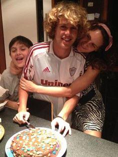 José, Theo, e Anna  Filhos de Pedro Bial