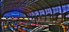 Hamburg Hauptbahnhof Great Places, Places Ive Been, Lower Saxony, Hamburg Germany, Train Station, Geography, Louvre, Building, Wanderlust