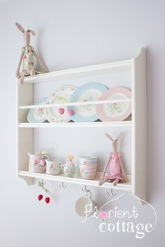 "Plate shelf ""Stenstorp"" by Ikea Stoffkaninchen self-sewn (Sewing Kit by Tilda), shelf ""Stenstorp"" by Ikea Stoffkaninchen self-sewn (sewing kit by Tilda: Greengate tableware from the series ""Marie"" (penultima. Shabby Cottage, Cottage Chic, Cottage Style, Ikea Furniture, Furniture Makeover, Cozinha Shabby Chic, Plate Shelves, Fashion Room, Living Room Inspiration"