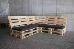 Crate and Pallet DIY Pallet furniture Diy Pallet Couch, Pallet Lounge, Pallet Seating, Pallet Patio Furniture, Diy Couch, Diy Furniture, System Furniture, Furniture Plans, Diy Pallet Projects