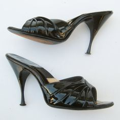Vintage 50s Shoes Black Patent Leather Peep Toe Mad Men Rockabilly Spring-o-lator High Heel Pin Up Cha Cha Dance Shoes 5 1/2