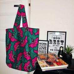 African Print Fashion, Fashion Prints, Ankara Bags, Moda Afro, African Accessories, African Fabric, Traditional Wedding, Handmade Bags, E Design