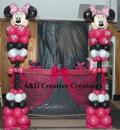 Minnie mouse columns great for your next birthday bash #minniemouse #balloons #kidsparty #firstbirthday