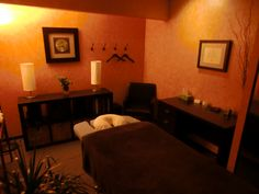 Massage Room Decor, Massage Therapy Rooms, Massage Center, Healing Hands, Spa Massage, Corner Desk, Furniture, Office Ideas, Memphis