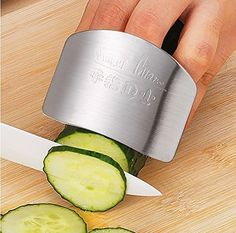 Pinovk Finger Guard Adjustable Hand Guard Finger Protector Cutting Stainless Steel Kitchen Safety Finger Guard Chopping Tool Avoid Hurting When Slicing