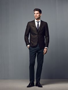 #globus #savoirvivre #fashion #men #mensfashion #style #business Men's Fashion, Mens Fashion Shoes, Casual Shirts, Casual Outfits, Smart Casual Menswear, Ripped Jeans, Business Casual, Fashion Styles, Moda Masculina
