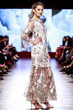 Maria, Regina Inimilor Fashion Show by Liza Panait Fashion Show, Formal Dresses, Collection, Embroidery, Runway Fashion, Tea Length Formal Dresses, Formal Gowns, Black Tie Dresses, Gowns