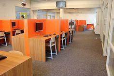Schoolinterieur: Computermeubel voor basisschool