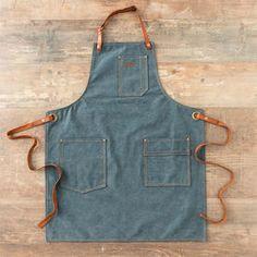 Alaskan Maker - Blue Denim No 325 Thick Patina Cotton Canvas Apron - Straps crossed in the back Coton Vintage, Cuir Vintage, Denim Claro, Jean Apron, Shop Apron, Leather Apron, Sewing Aprons, Apron Pockets, Vintage Canvas