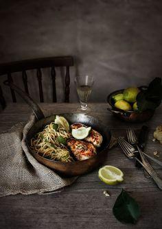 Teller und Platten: Hähnchenbrust mit Ricotta, Minze und Zitrone # Hähnchenbrust mit Ricotta, Minze und Zitrone gefüllte gefüllte