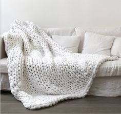 Tuliptown Hand Chunky Arm Knit Blanket Thick Yarn Merino Wool Bulky Knitted Throw Couch Bed Blanket,Sofa Blanket,Soft Blankets Perfect for any Bed Or Couch Provides Comfort (white) Sofa Blanket, Sofa Throw, Blanket Yarn, Weighted Blanket, Knot Blanket, Fur Throw, Throw Rugs, Knitted Blankets, Merino Wool Blanket