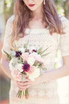 Boho chic wedding mood bouquet natural flowers