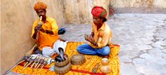Snake Charmers at the fort in Jaipur! Read to find out about the last few days of our India trip.