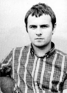 Happy Birthday to former Oasis drummer Alan White who is 43 today. Happy Birthday Alan, Alan White, Top Trumps, Eternal Love, The Conjuring, Cool Bands, Oasis, Men Casual, Drummers