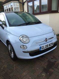 Baby blue fiat 500 lounge. My new baby - Leo
