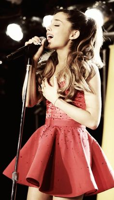Ariana Grande ♥ Just a great voice with none of the trashy drama (like Justin Bieber & Miley Cyrus!) and that's so refreshing!