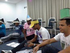 Programa Desenvolvimento de Habilidades e Práticas de Liderança. DHPL - Dinâmica de Grupo 6 Chapéus.