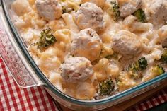 This broccoli cauliflower bake can be made as a vegetarian dish or you can add some tasty chicken balls to the recipe. Broccoli Cauliflower Bake Recipe from Grandmothers Kitchen. Brocolli And Cauliflower Casserole, Chicken Broccoli Bake, Baked Cauliflower, Cauliflower Recipes, Vegetable Recipes, Cheesy Chicken, Healthy Vegetables, Veggies, Galo