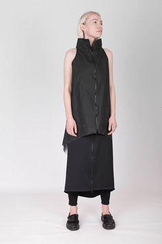 Donkere stijl Zwart gecoate katoen vest met hoge kraag en twee-weg rits op de voorzijde en zakken geslachtsloze unisex postapocalyptisch wijze