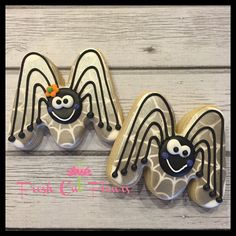 """Kudos to those that guessed #spider!! These could be my personal fave this #halloween...just sayin'! I made my own cobweb #stencil and mixed black with pearl to get a subtle, yet shimmery look!  Easy peasy!  #customcookies #decoratedsugarcookies #sugarcookies #cookiesofinstagram #cookieart #sometimessimpleisbest"" Photo taken by @freshcutflours on Instagram, pinned via the InstaPin iOS App! http://www.instapinapp.com (10/19/2014)"