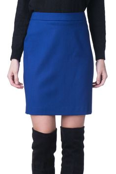 d8b621f7c7 LOVE MOSCHINO Mini A-Line Skirt Size 44 / L Wool Blend Made in Italy