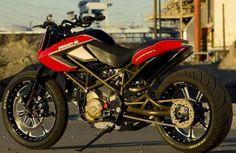 Ducati Ultramotard Bobbers, Cafe Racers, Roland Sands, Ducati Hypermotard, Custom Paint Jobs, Custom Bikes, Motorbikes, Cars Motorcycles, Vintage Cars