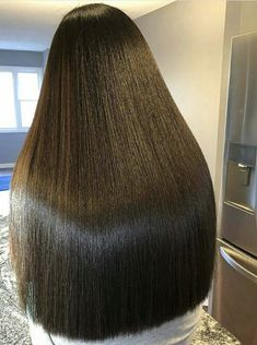 Long Silky Hair, Long Dark Hair, Very Long Hair, Bun Hairstyles For Long Hair, Straight Hairstyles, Beautiful Long Hair, Gorgeous Hair, One Length Hair, Glossy Hair