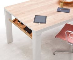 Shift Tech Table