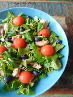 valeriana, verdure, insalata, frutta, anguria, mirtilli, pesce, tonno fresco