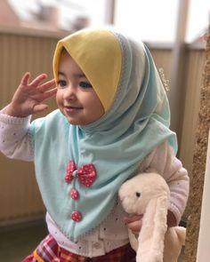 Cute Kids, Cute Babies, Baby Hijab, Moslem Fashion, Baby Silhouette, Dress Anak, Hijab Cartoon, Donia, Asian Kids