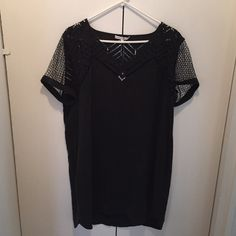 Rebecca Minkoff NEW Black Short Sleeve dress NWT & NBW. Designer! Adorable and fabulous! With pockets! Never been worn! Tags from Bloomingdales are still on! Good for any occasion! Can dress up or down! Light weight and looks great on! Mesh designed sleeves too! Rebecca Minkoff Dresses Midi