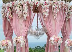 Wedding ceremony flower idea; Photo: John Li Photography