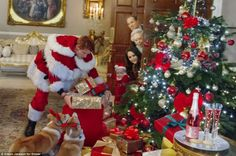 I literally cannot handle these absolutely ridiculous christmas photos from the Royal Family.....