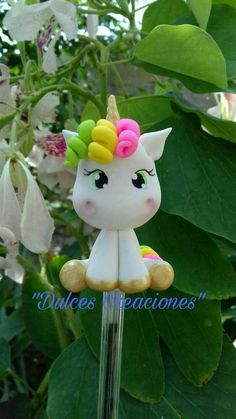 Risultati immagini per Visitar DIY - Unicórnio Kawaii em Biscuit *--* Polymer Clay Animals, Fimo Clay, Polymer Clay Projects, Polymer Clay Art, Fondant Figures, Clay Figures, Cake Fondant, Unicorn Birthday, Unicorn Party