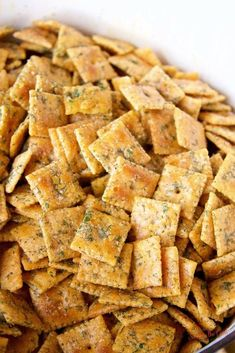 for ranch crackers are even BETTER than the seasoned ranch oyster cracker recipe we had been using. Because of the cheese crackers. They added one more layer of cheese goodness to the flavors we had already become addicted to. Snack Mix Recipes, Appetizer Recipes, Cooking Recipes, Cheez It Snack Mix Recipe, Snack Mixes, Tailgating Recipes, Smoker Recipes, Best Dinner Recipes, Cooking Tips