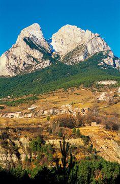 Saldes town and Massif Pedraforca (2497m) in Bergueda, Sierra del Cadi, Cadi-Moixero Natural Park, Barcelona province, Cataluna.