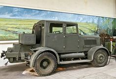 The Hanomag SS-100 artillery tractor