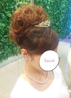 ふわふわカールアップ&ボブ風スタイル♡リハ編 |大人可愛いブライダルヘアメイク『tiamo』の結婚カタログ