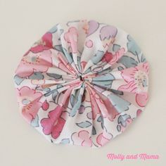 Make a fabric YoYo with Molly and Mama